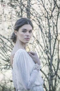 Vestido de novia plumeti con detalles de encaje